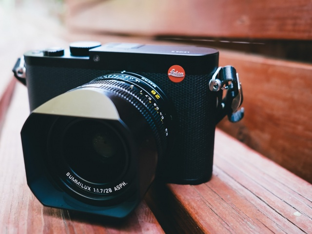 Review: Leica Q, a Luxury Compact Fixed-Lens Camera