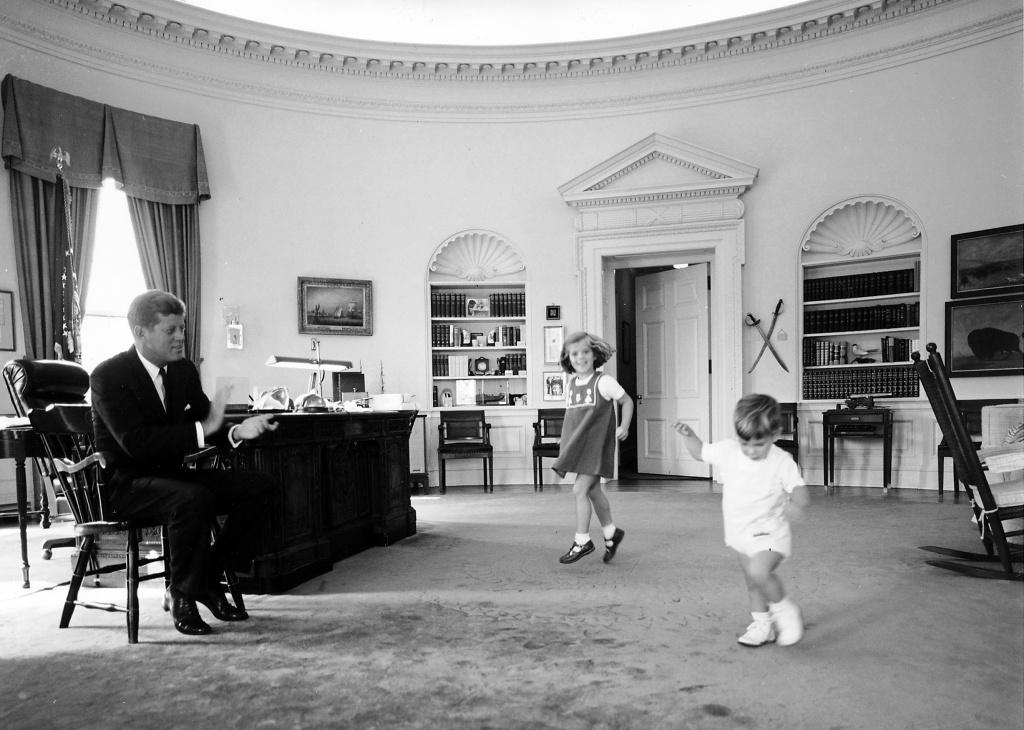 Cecil Stoughton White House Photographer